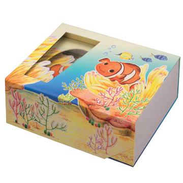 貼箱 クマノミ